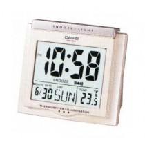 卡西歐 DQ750F-7D 桌面響鬧時鐘